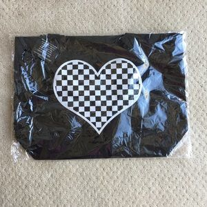 Bird and Vine checkered heart tote bag